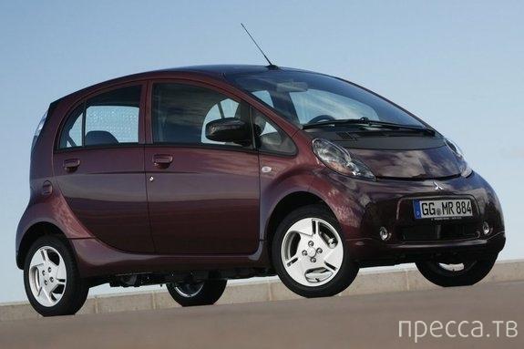Самые яркие автомобили на российском рынке (11 фото)