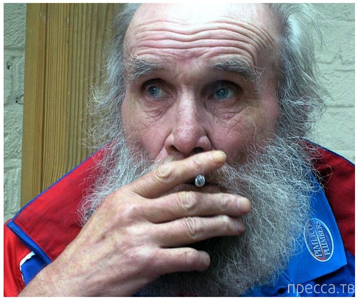 Любитель пива и сигарет в 101 год пробежал марафон (17 фото)