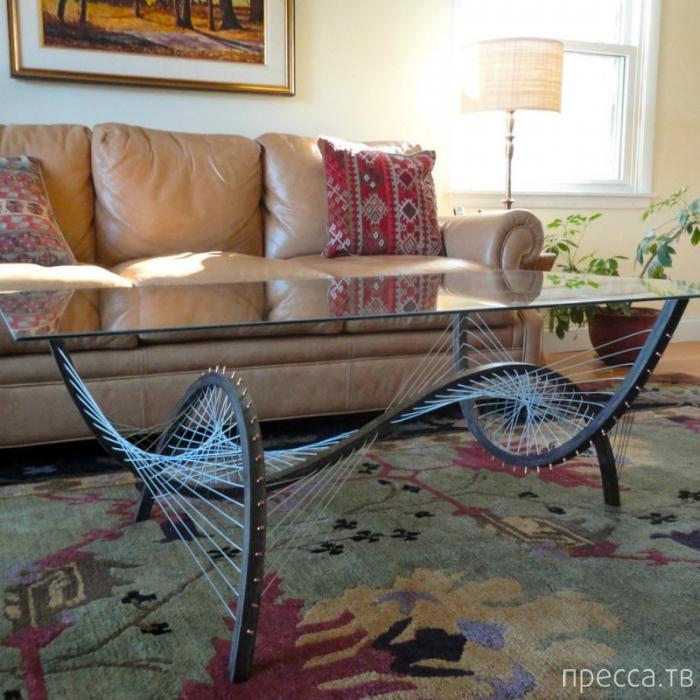 Необычная мебель без клея и винтов (18 фото)