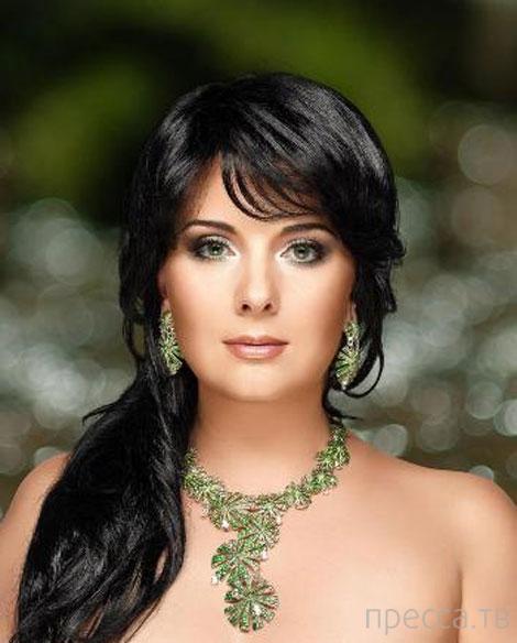 Cолистка Национальной оперы Украины Екатерина Абдуллина назвала украиноязычных детей «быдлом» (3 фото)