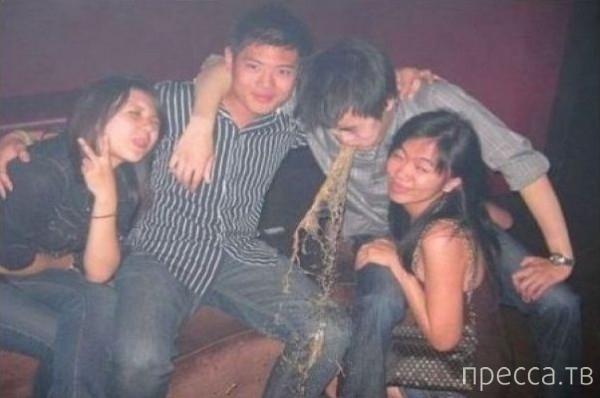 Странные люди в ночных клубах (19 фото)