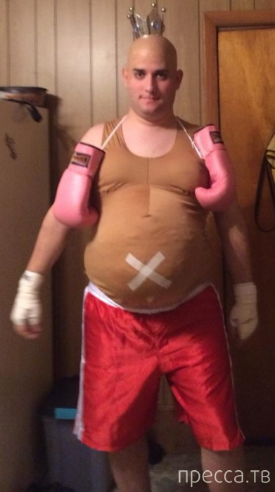 Безумные костюмы на Хэллоуин (38 фото)