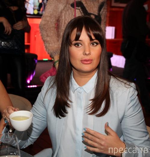 Оксана Федорова впервые вышла в свет после вторых родов (3 фото)
