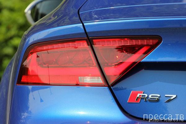 2014 Audi RS7 - автомобиль с большой буквы, с услугой «все включено» (24 фото + видео)