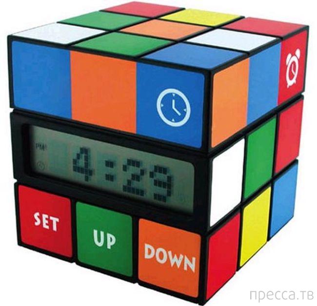 Часы с необычным дизайном (47 фото)