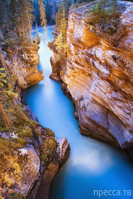 Удивительные фотографии, сделанные в разных странах и невероятно красивых уголках нашей планеты (69 фото)
