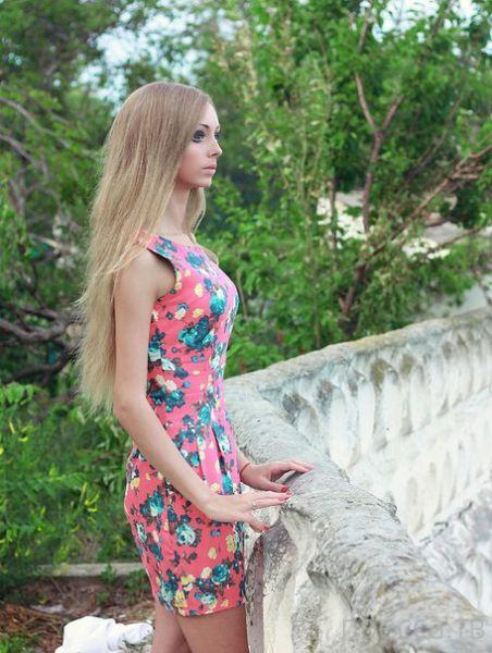 20-летняя Алина Kovaleskaya из Одессы - новая живая кукла Барби (22 фото)