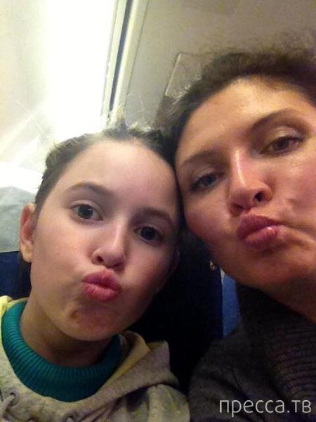 Роман Скворцов опубликовал последнее фото жены и дочки, погибших в авиакатастрофе (2 фото)