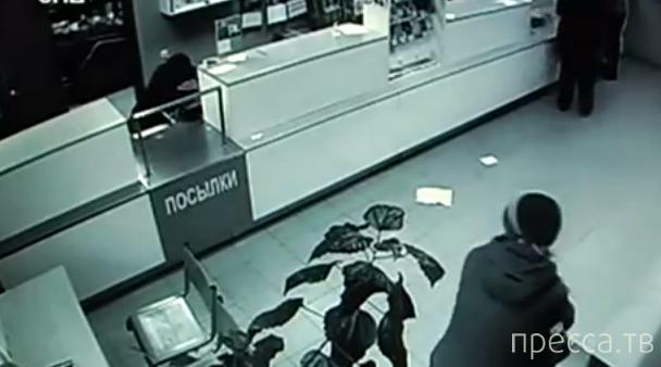 Дерзкое ограбление почты в Калининском районе Новосибирска...
