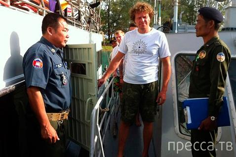 Миллиардер Сергей Полонский женится в камбоджийской тюрьме (8 фото)