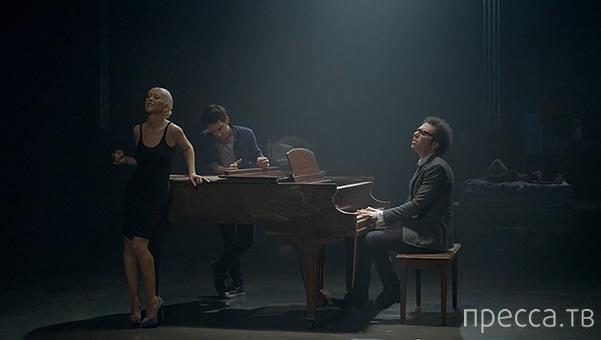 Кристина Агилера представила новый видеоклип Say Something (3 фото + видео)