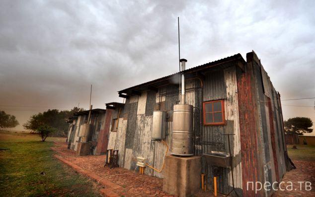 Отель для нищих с тугими карманами (13 фото)