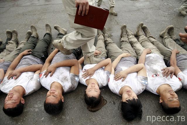 Как обучают телохранителей в Китае (11 фото)