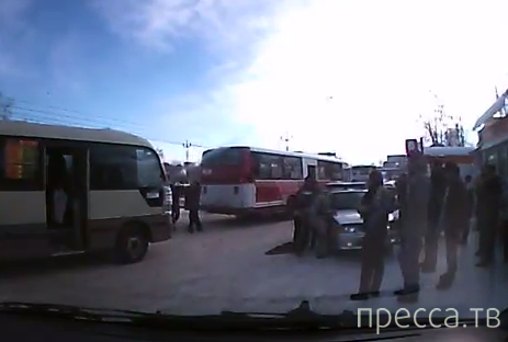 Еще раз об убийстве на автовокзале в Хабаровске (запись с видеорегистратора)