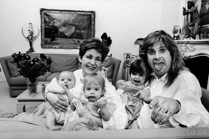 Самые яркие моменты из семейной жизни Оззи Осборна (11 фото)