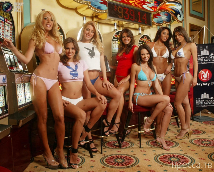 Всемирно-известному журналу Playboy -  60 лет (32 фото)