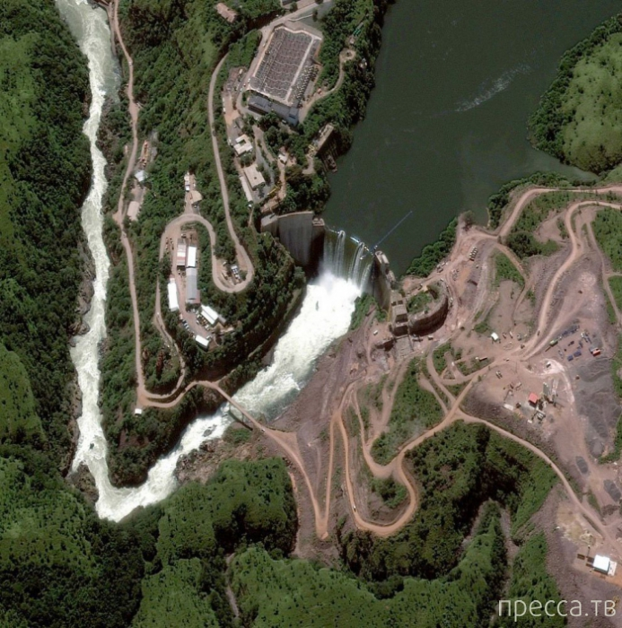 Фотографии, сделанные со спутника (16 фото)