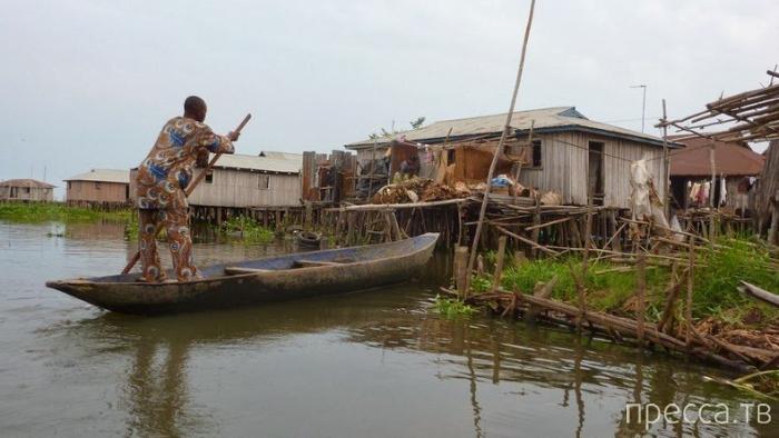 Ганвие – уникальная плавающая деревня на озере Нукуе (15 фото)