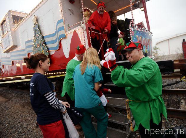 «Поезд Санты» делает остановку в Бомонте (41 фото)