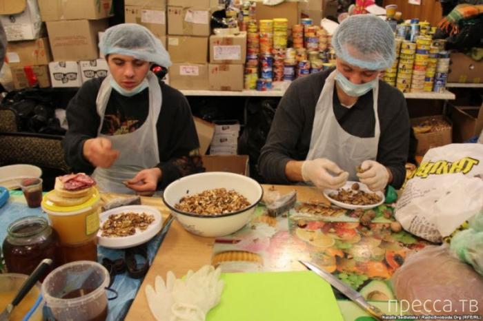 Кухня Евромайдана (19 фото)