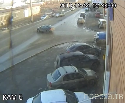 Проскочить не удалось - подбил пять машин... ДТП в районе Славянки, г. Астрахань