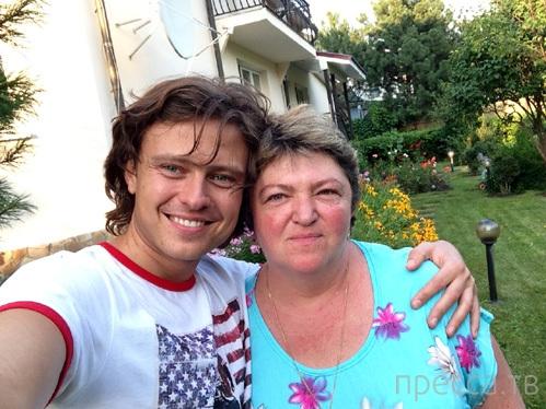 Прохор Шаляпин транжирит состояние 58-летней жены (4 фото)
