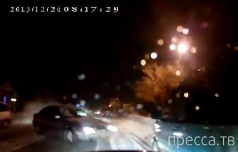 """Пьяный водитель """"BMW"""" вылетел на встречку... ДТП на ул. Гагарина, г. Костанай, Казахстан"""