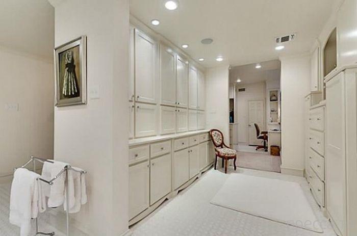 Чак Норрис продает свой дом в Далласе (26 фото)