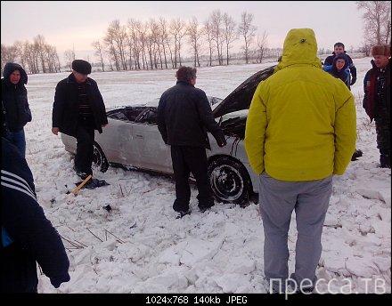 """На этот раз повезло... """"Toyota Mark II"""" вылетела в кювет. ДТП на трассе Рубцовск-Барнаул"""