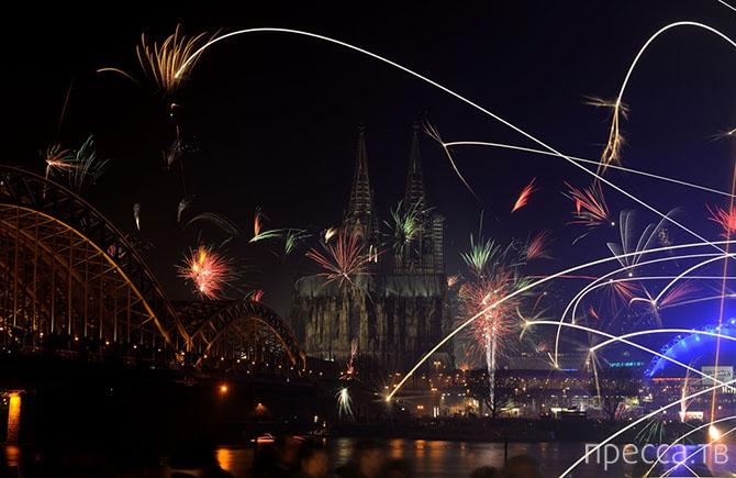 Встреча Нового 2014 года в мегаполисах мира (20 фото + 3 видео)