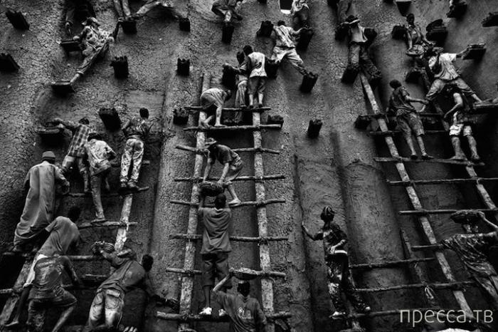 Победители конкурса Travel Photographer of the Year 2013 (13 фото)