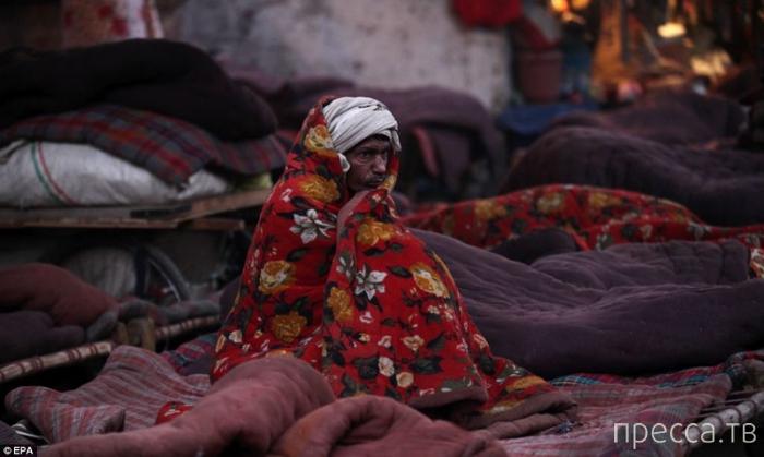 Как живут бедные люди в Индии (15 фото)