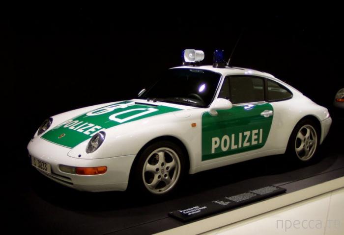 Музей Porsche в Штутгарте (8 фото)