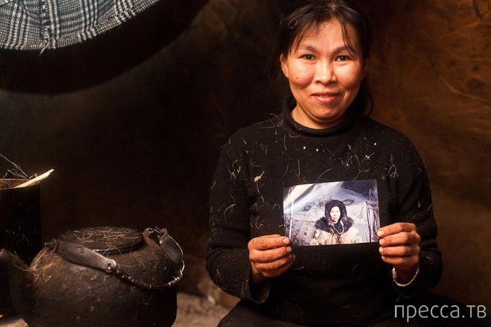 Жители Чукотки от калифорнийского фотографа Саши Лиховченко (10 фото)