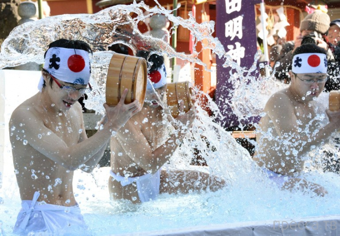 Япония: очищение души и тела (11 фото)