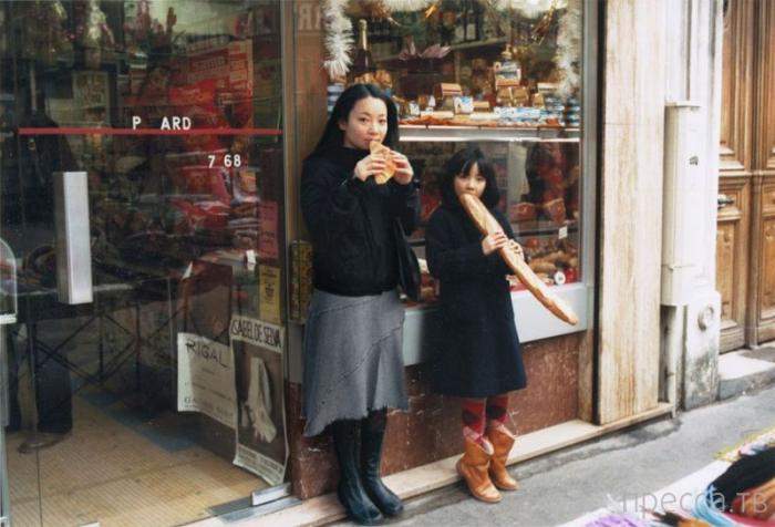 Путешествие японки в свое прошлое (12 фото)