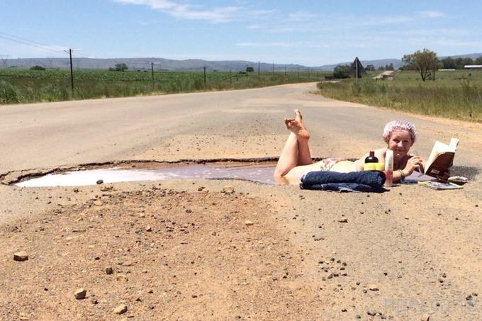 Наглядный протест в Южной Африке (6 фото)