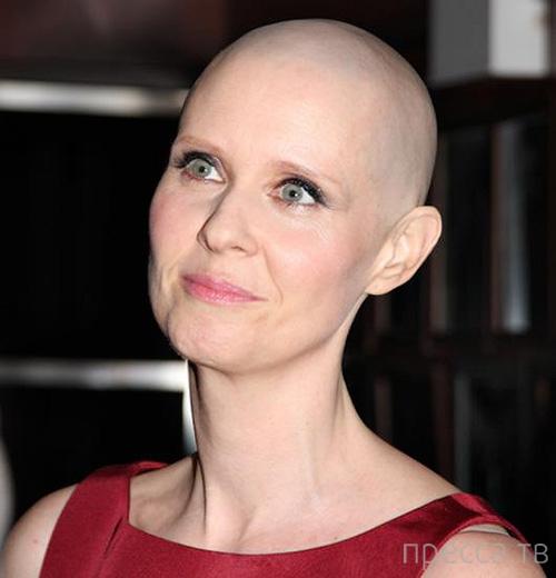 Топ 17: Знаменитости, которые победили рак (18 фото)