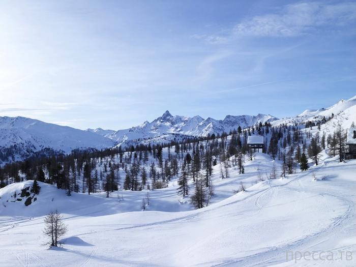 Шале Camelot в горах Италии (21 фото)