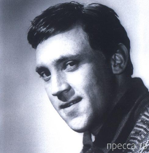 76 лет со Дня Рождения Владимира Высоцкого (8 фото + 6 видео)