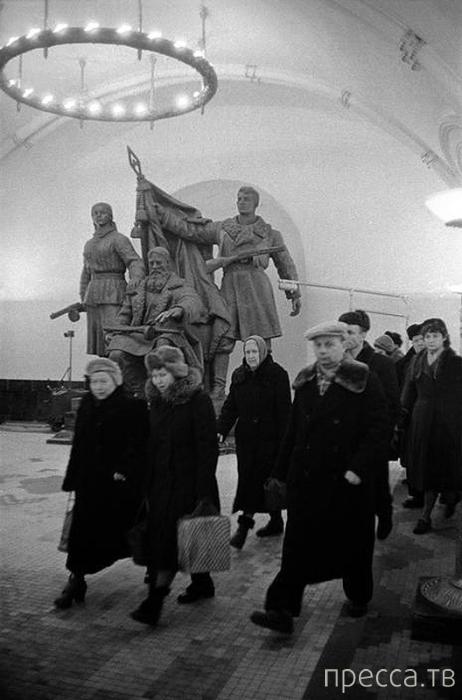 Москва 1958 года в фотографиях Эриха Лессинга (28 фото)