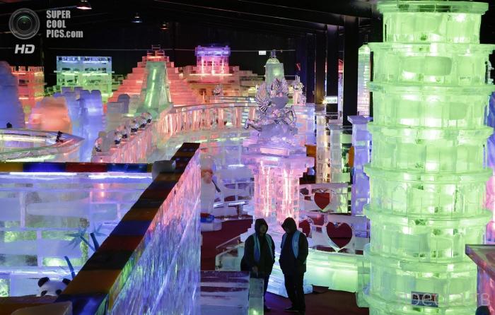 Fantasy Ice World - выставка ледяных скульптур в Тайбэе на Тайване (12 фото)