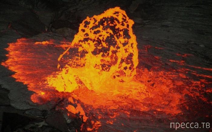 Вулкан Эрта Але в Эфиопии: редкая и очень опасная красота (9 фото)