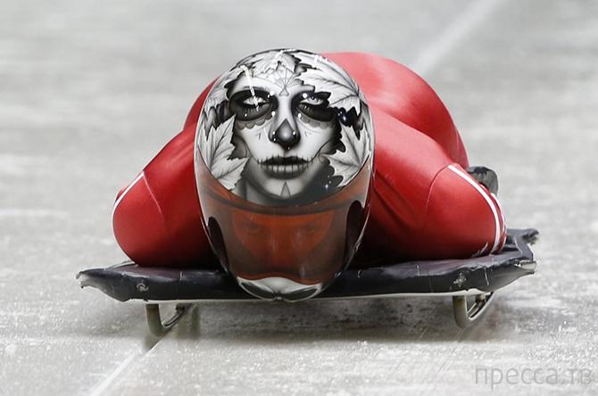 Крутые шлемы скелетонистов (10 фото)