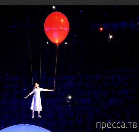 Летающая девочка Люба и ее сны о России...