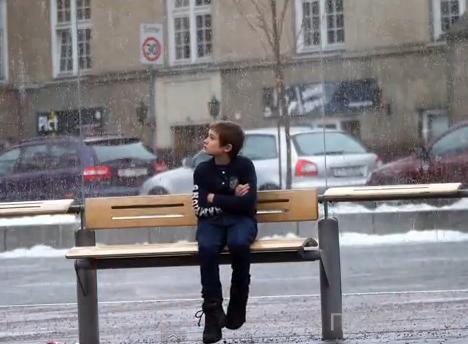 """Социальный эксперимент: """"замёрзший мальчик"""" ..."""
