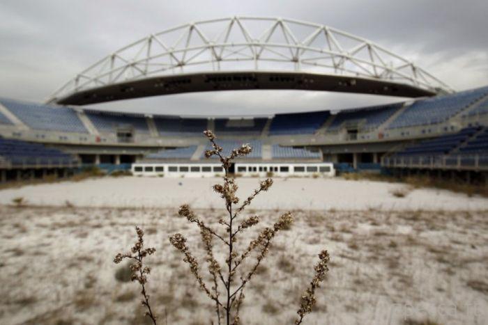 Заброшенные объекты в Афинах Олимпиады 2004 года (20 фото)