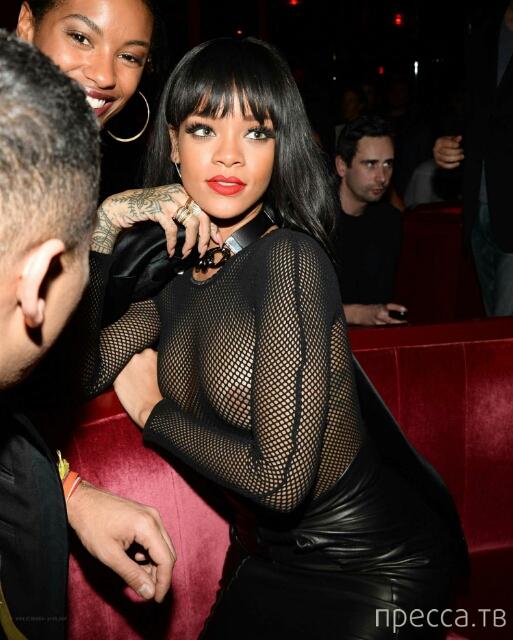 Откровенный наряд Рианны на Balmain Paris Fashion Show 2014 After Party (6 фото)