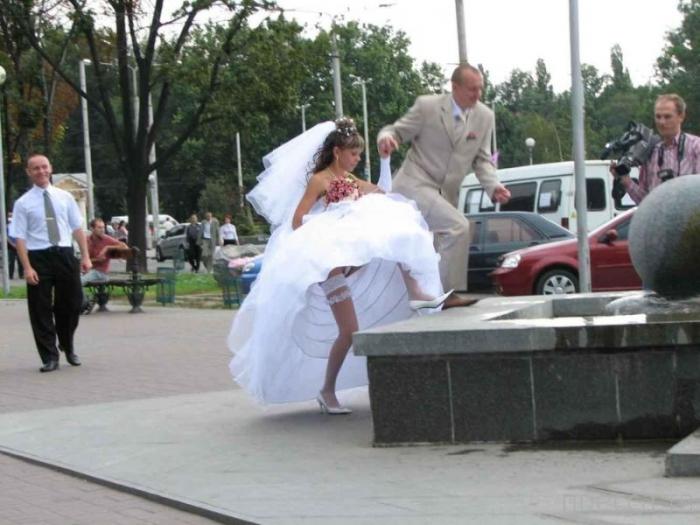 Казусы с невестами (22 фото)