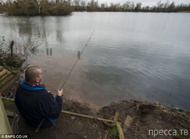 Пенсионер ради рыбалки ушел из дома навсегда (9 фото)